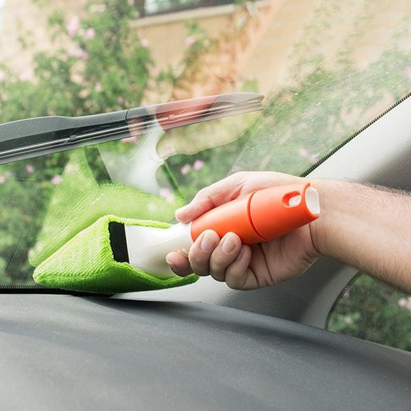 Limpa-vidros para automóveis
