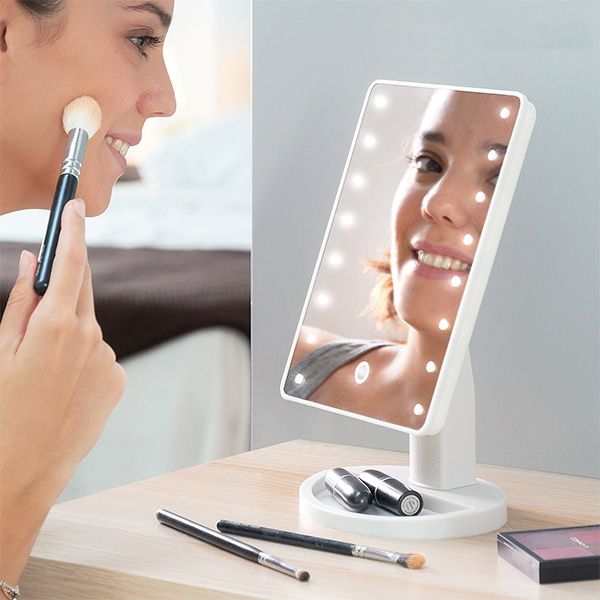 Espelho para maquiagem com luz
